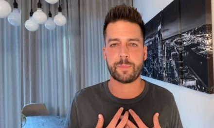 """""""I Had a Problem"""" — Christian Comic John Crist Breaks Silence Over Sex Addiction and Sexual Harassment"""
