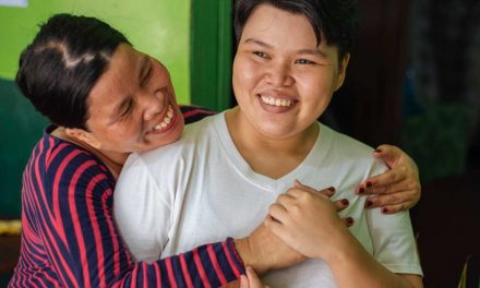Mum Thanks God for Her Daughter's Miracle